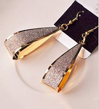 Gold-Earrings-Discount.JPG